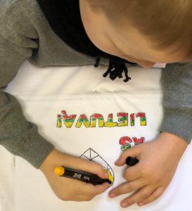 Piešiame marškinėlius
